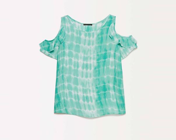 Tie-dye t-shirt with porthole