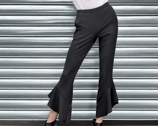 Pants with frills and ruffle